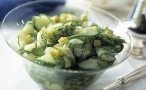 salade alsacienne aux knacks et cornichons aigre doux