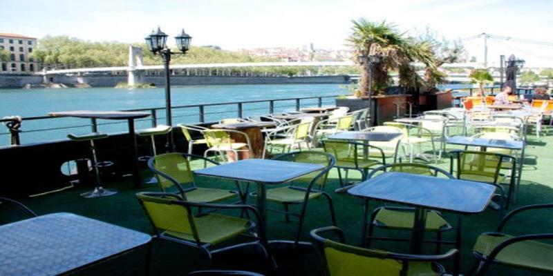 Restaurant Lyon Decor Original : Brunch la barge lyon oubruncher