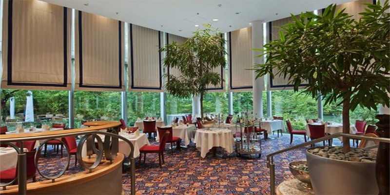 brunch tivoli restaurant hilton munich park m nchen topbrunch. Black Bedroom Furniture Sets. Home Design Ideas