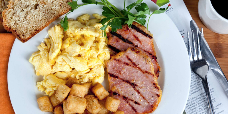 Brunch Irish Embassy Pub and Grill (ONM5 Toronto)