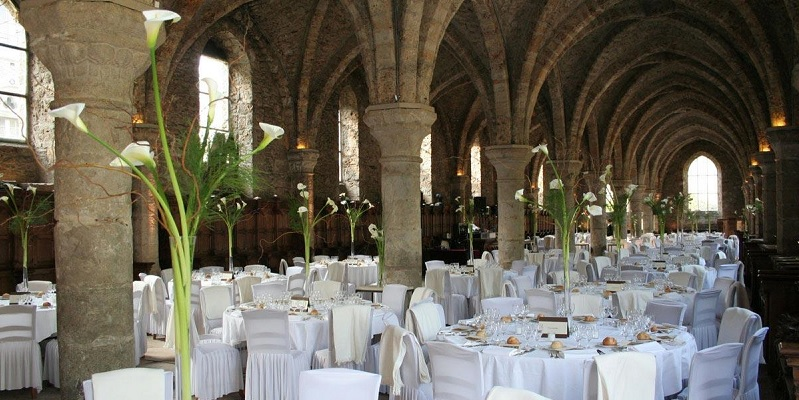 Brunch abbaye des vaux de cernay 78720 cernay la ville for Abbaye des vaux de cernay piscine
