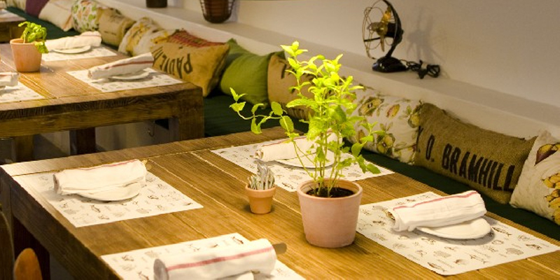 Madrid Santo Restaurante & Deli brunch