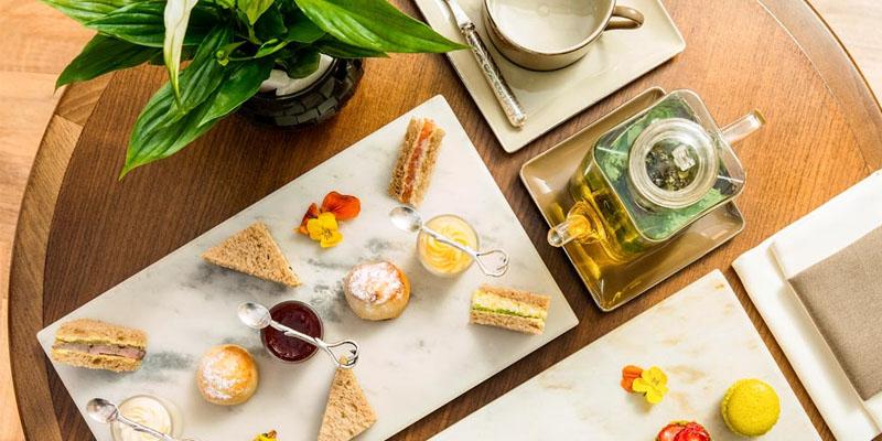 brunch Dubai AOC French Brasserie - Sofitel brunch