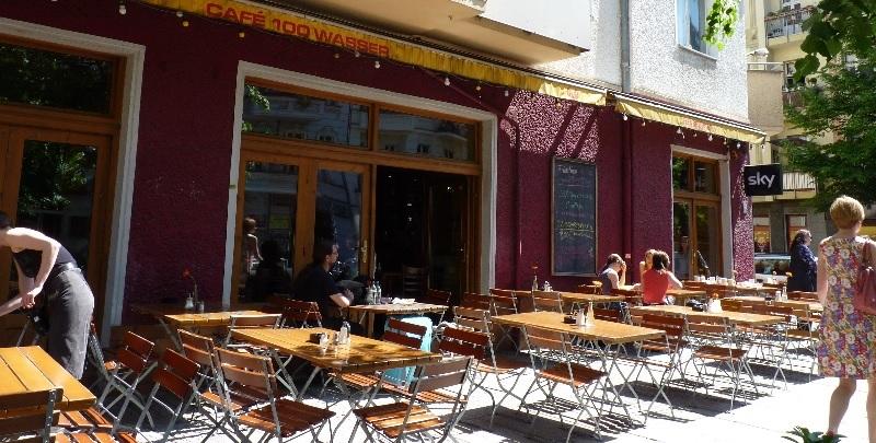 Brunch Café 100 Wasser (BER Berlin)