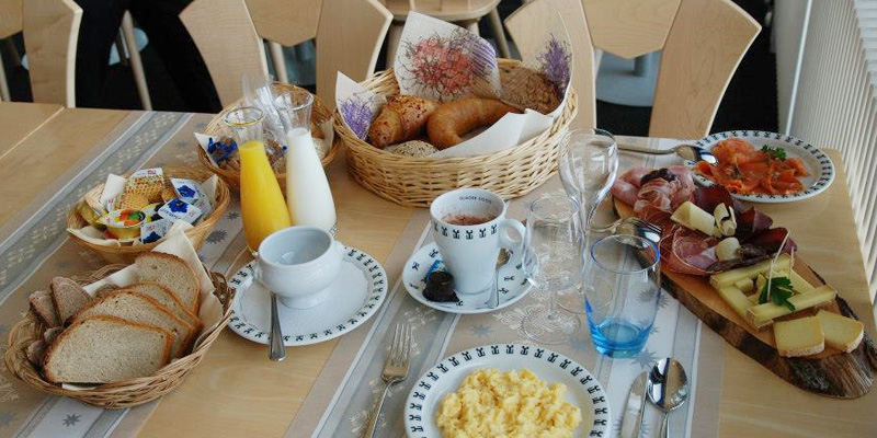Brunch Restaurant Botta 3000 (G3780 Gstaad, Suisse)