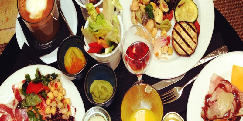 Brunch Only You Hotel & Lounge (M28 Madrid)