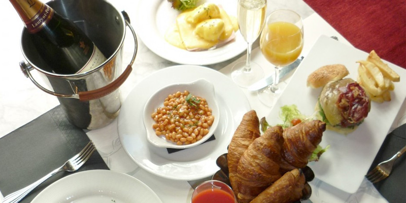 Brunch Café Oliver (M28 Madrid)