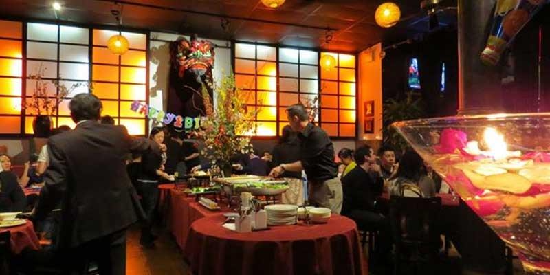Hamburg Apples Restaurant & Bar brunch