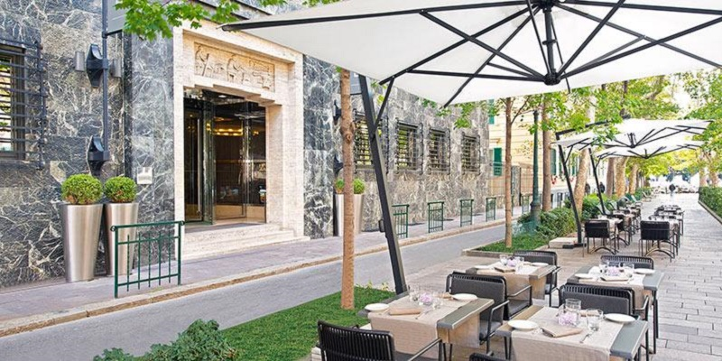Genova Blue Lounge Bar & Restaurant brunch