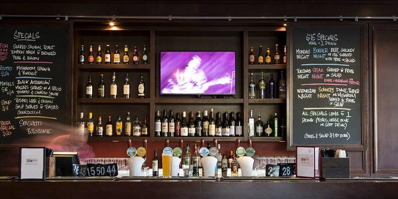 Edgars Inn brunch