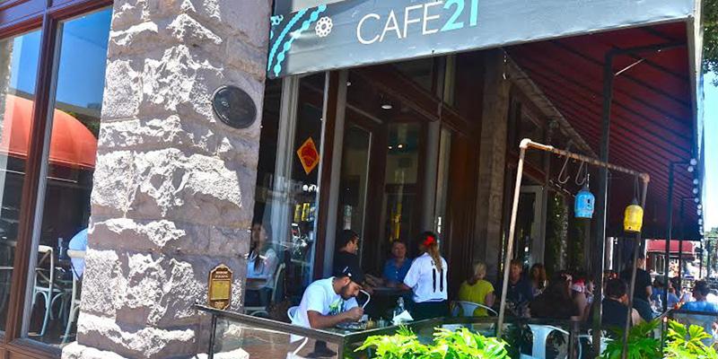 San Diego Cafe 21 brunch