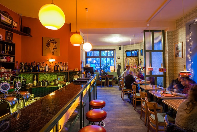 Brunch Café-Bar Datscha (DE10245 Berlin)