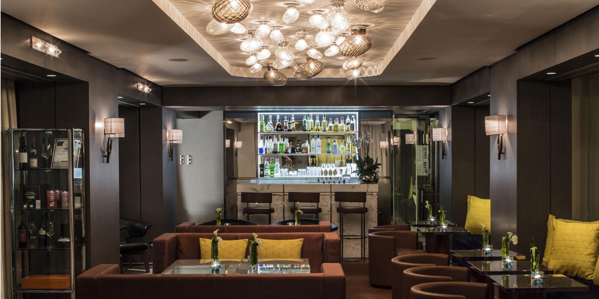 hotel de sers paris 2018 world 39 s best hotels. Black Bedroom Furniture Sets. Home Design Ideas