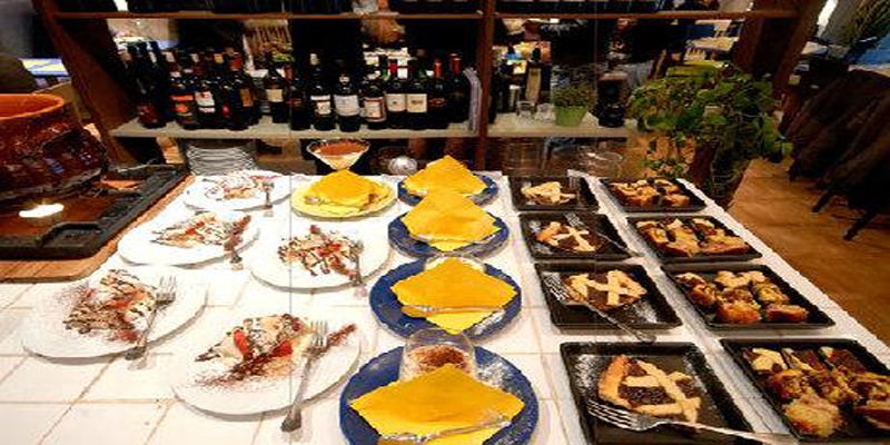Roma Voy Restaurant brunch