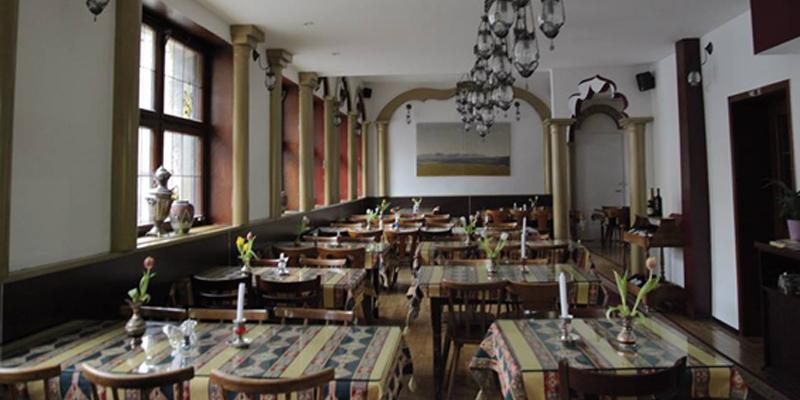 Stuttgart Taverna Yol brunch